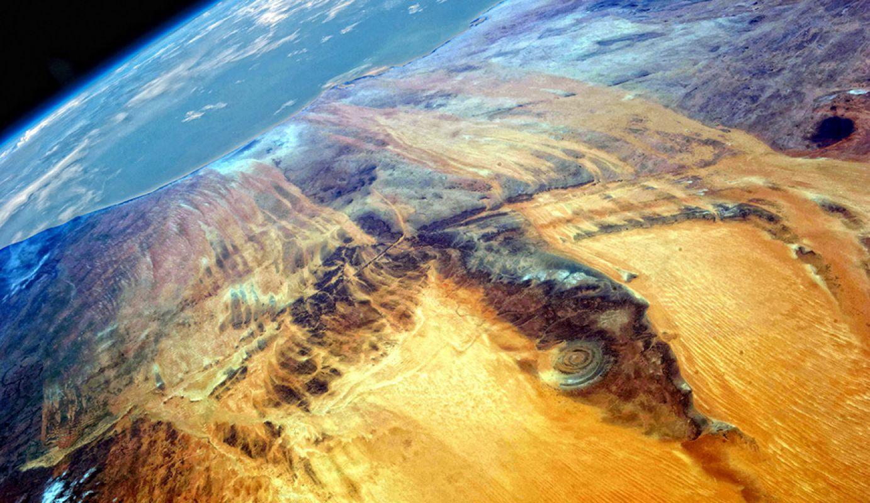«Гуэль-Эр-Ришат» в Сахаре – остатки древней Атлантиды