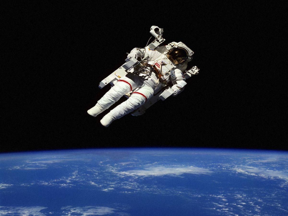 Слетать в космос – задача не из легких, или как чувствует себя человек в космосе на самом деле