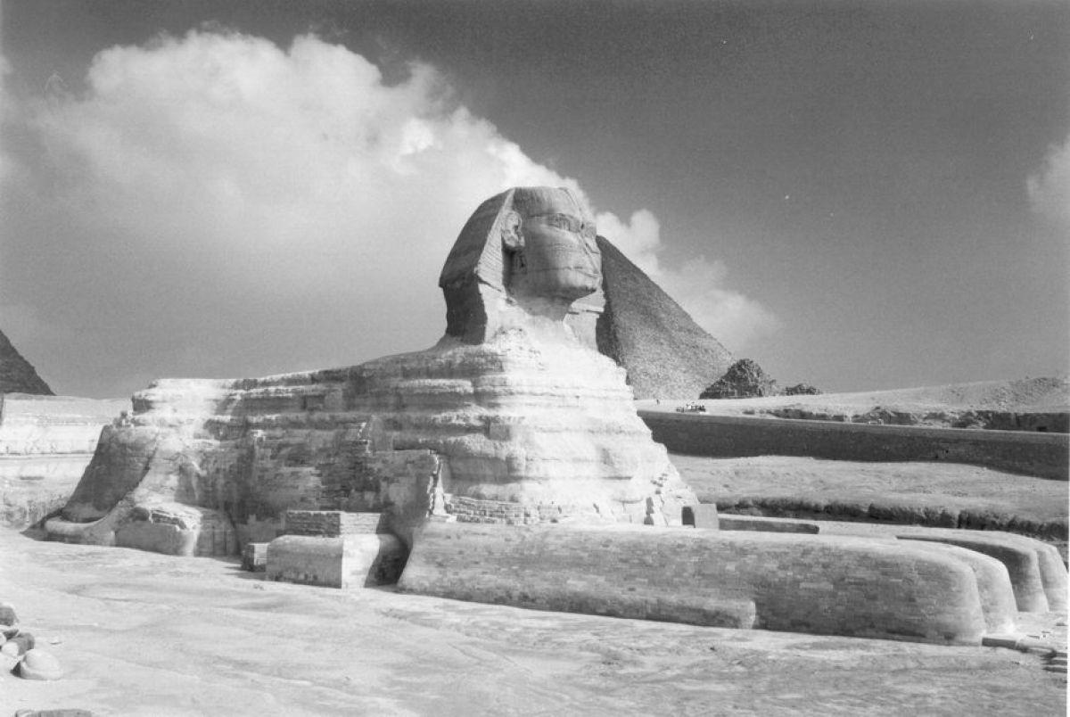 Можно ли что-то найти, если копать под древнеегипетским Сфинксом?
