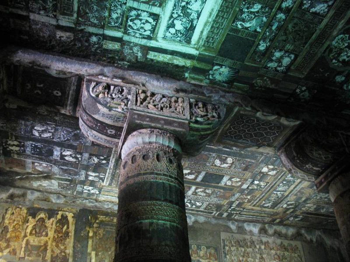 Храм Аджанты – загадочные пещеры с потрясающим интерьером