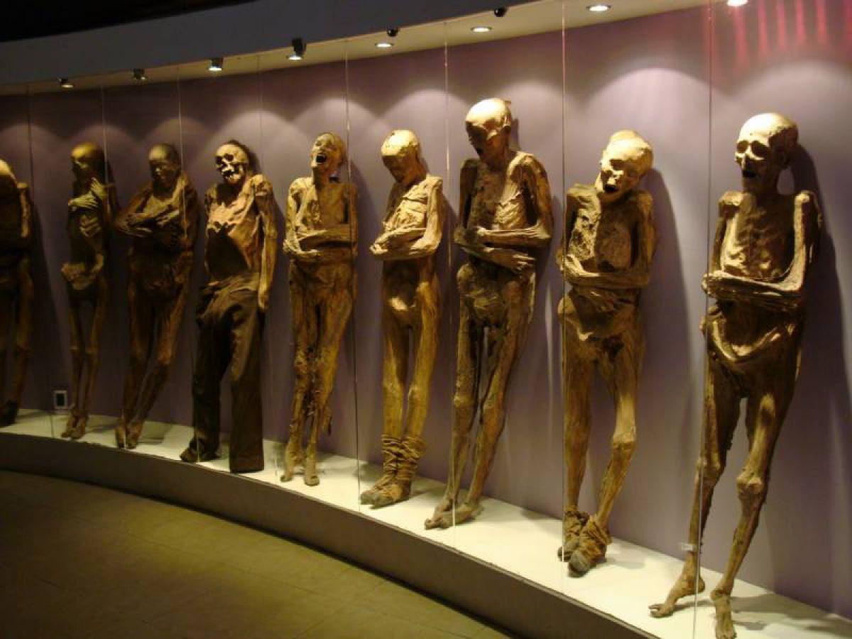 Кричащие мумии мексиканского городка Гуанахуато