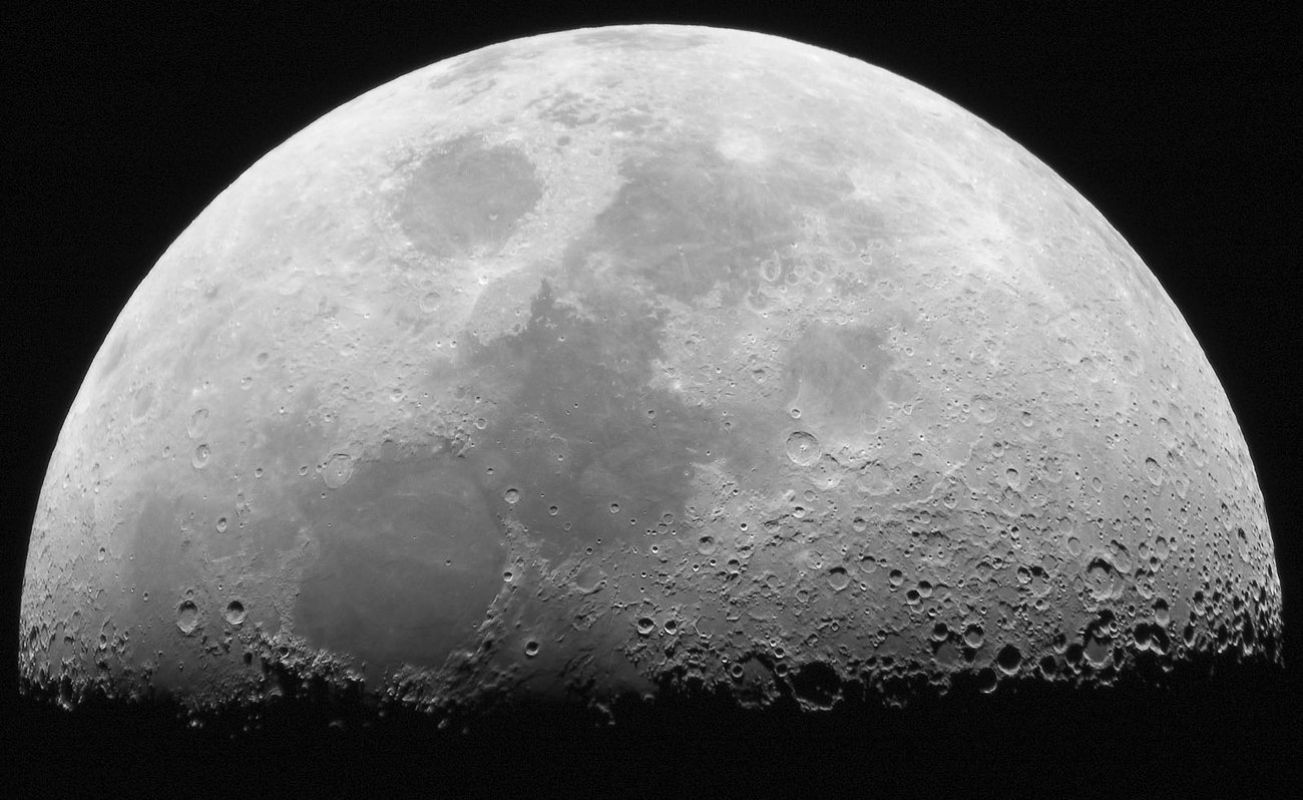 Как нужно смотреть в телескоп, чтобы качественно и полноценно рассмотреть Луну