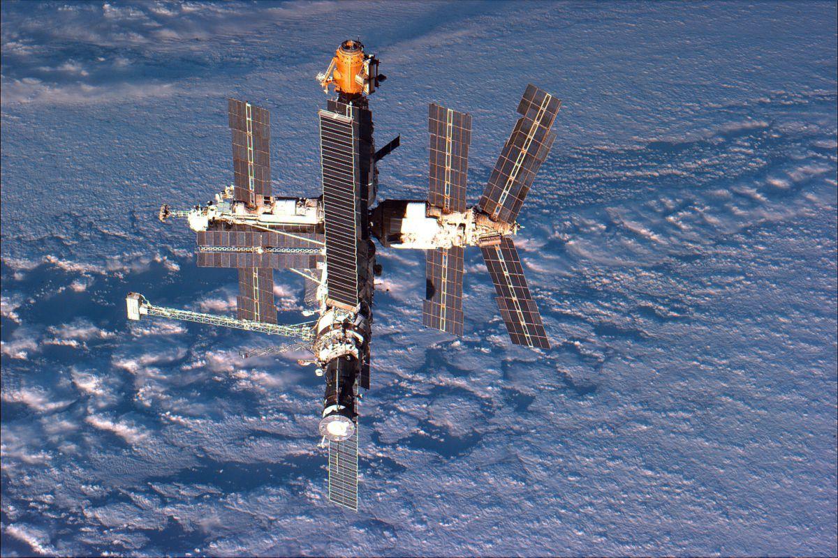 История космонавта Александра Сереброва: неизвестная науке инопланетная зараза на космостанции МИР