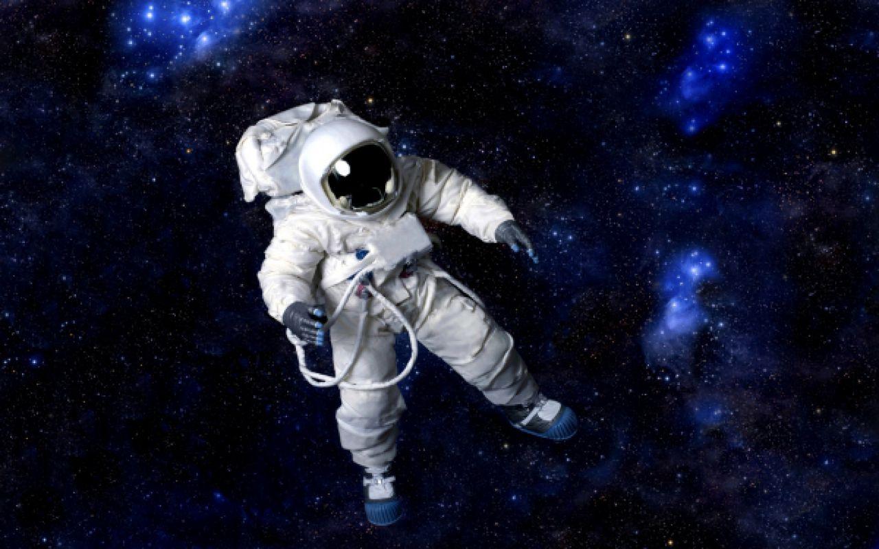 Зачем человеку летать в космос?