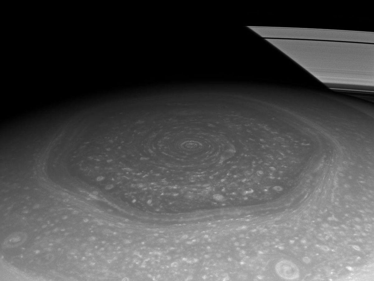 Окольцованный гигант — всё о планете Сатурн