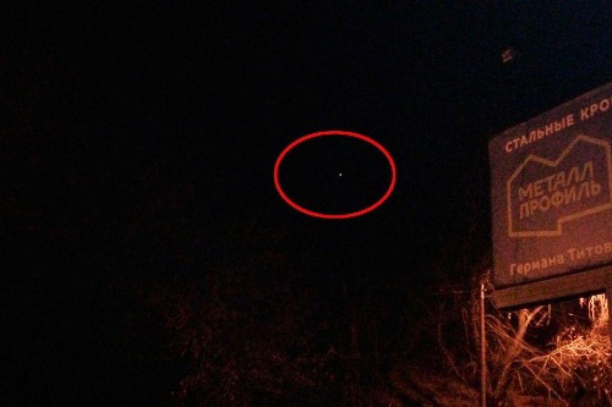 Эксклюзивное фото невероятного НЛО, сделанное сегодня возле Барнаула и поразившее интернет, привлекло исследователей
