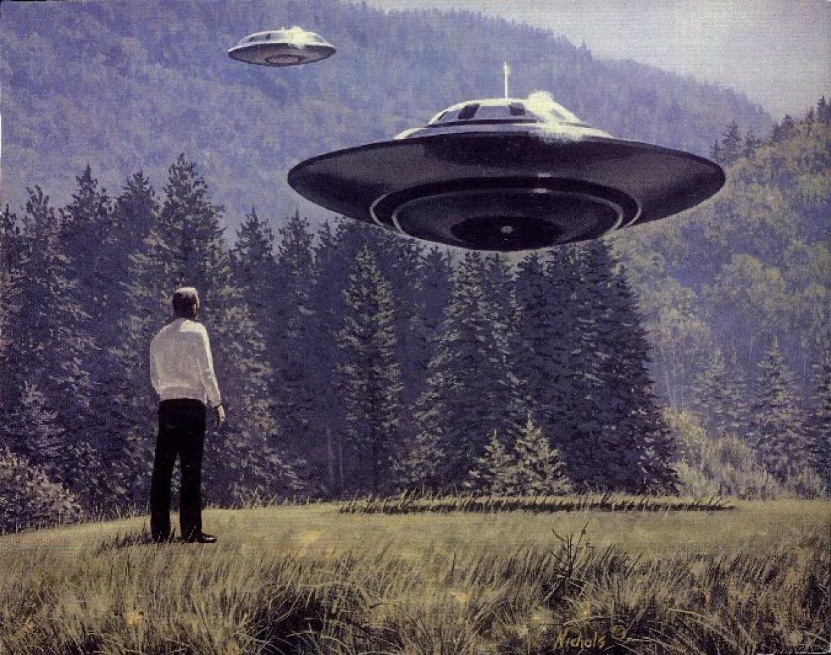 Невероятно, но факт: Пришельцы попали на старинную картину, введя в ступор учёных