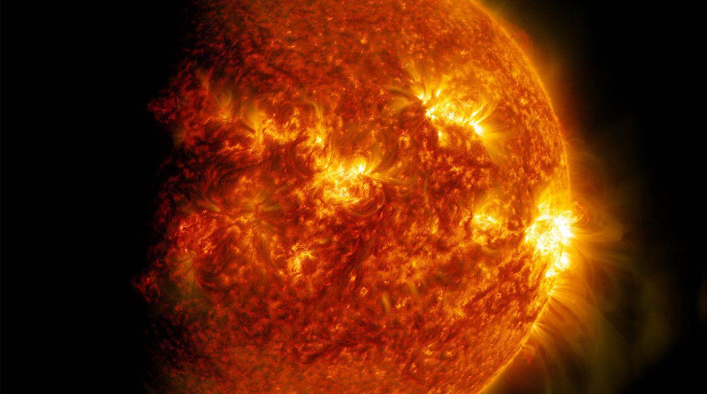 Что-то возле Солнца напугало исследователей