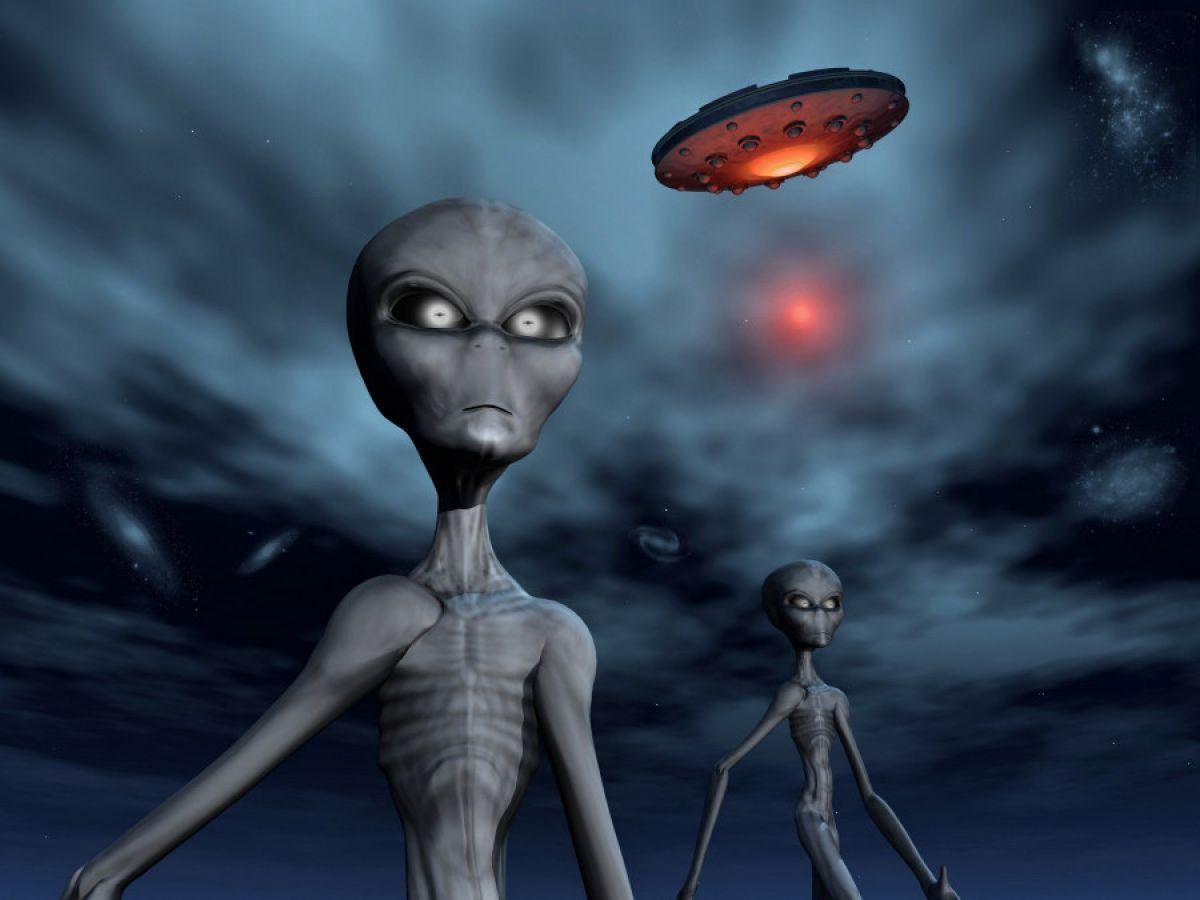 Катя Лель призналась, что была похищена пришельцами, которые оставили её без зубов