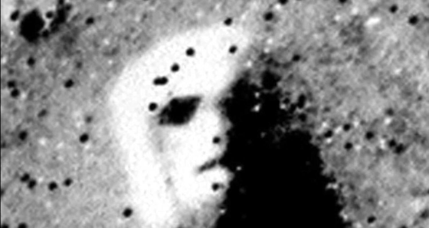 Американский исследователь: Две ядерные боеголовки уничтожили развитую цивилизацию на Марсе