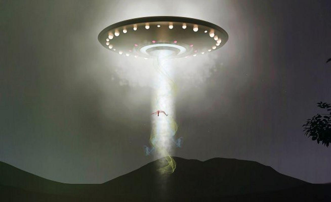 Американец сообщил о том, что пришельцы похитили его во время похода