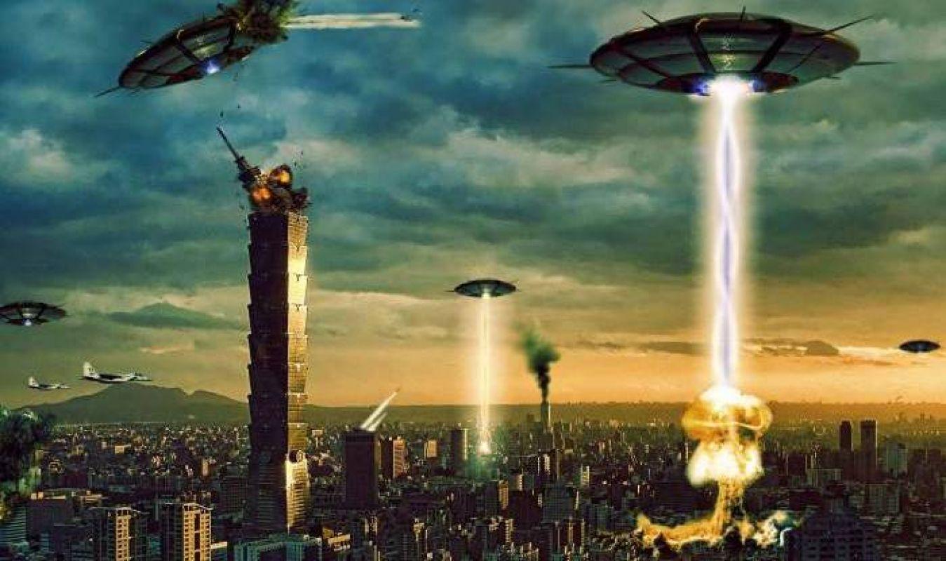 Экс-президент Польши поделился важной информацией о вторжении инопланетян на Землю и поразил мир