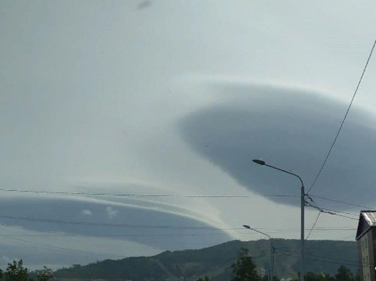 Предполагаемые НЛО в Южно-Сахалинске были сфотографированы и привлекли исследователей