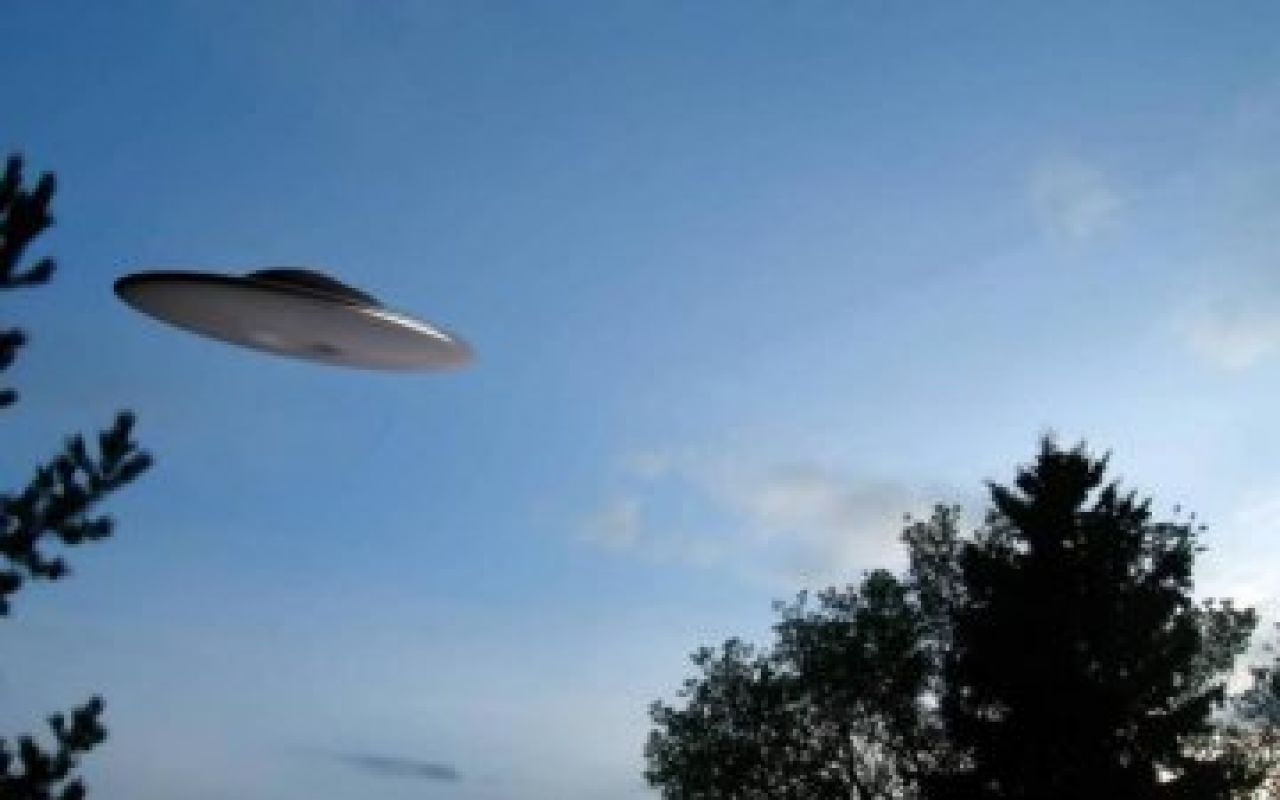Крушение НЛО попало на видео и шокировало сеть