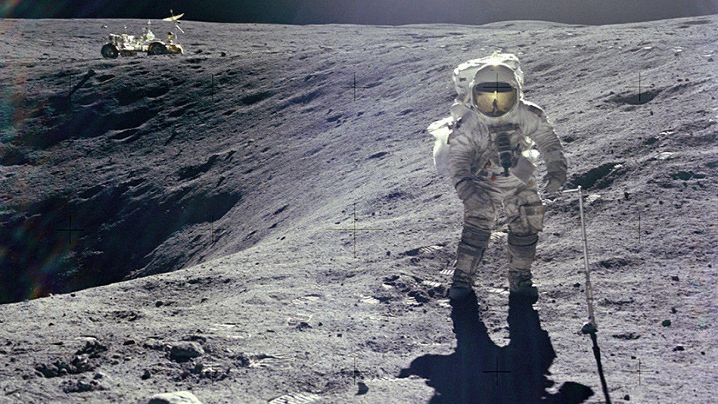 Специалист по скафандрам рассказал о сложностях грядущих лунных миссий