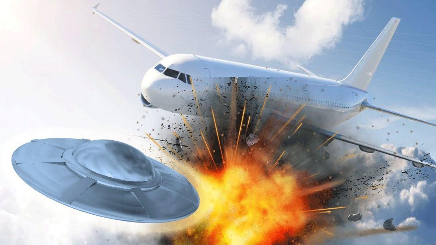 Общественность в шоке: Полёт НЛО попал на видео, его показали ВМС США