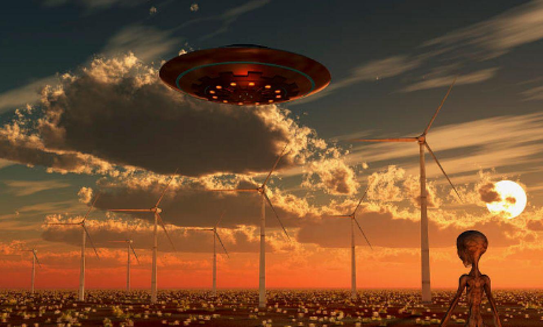 Светящийся НЛО сняли на видео в Красноярске