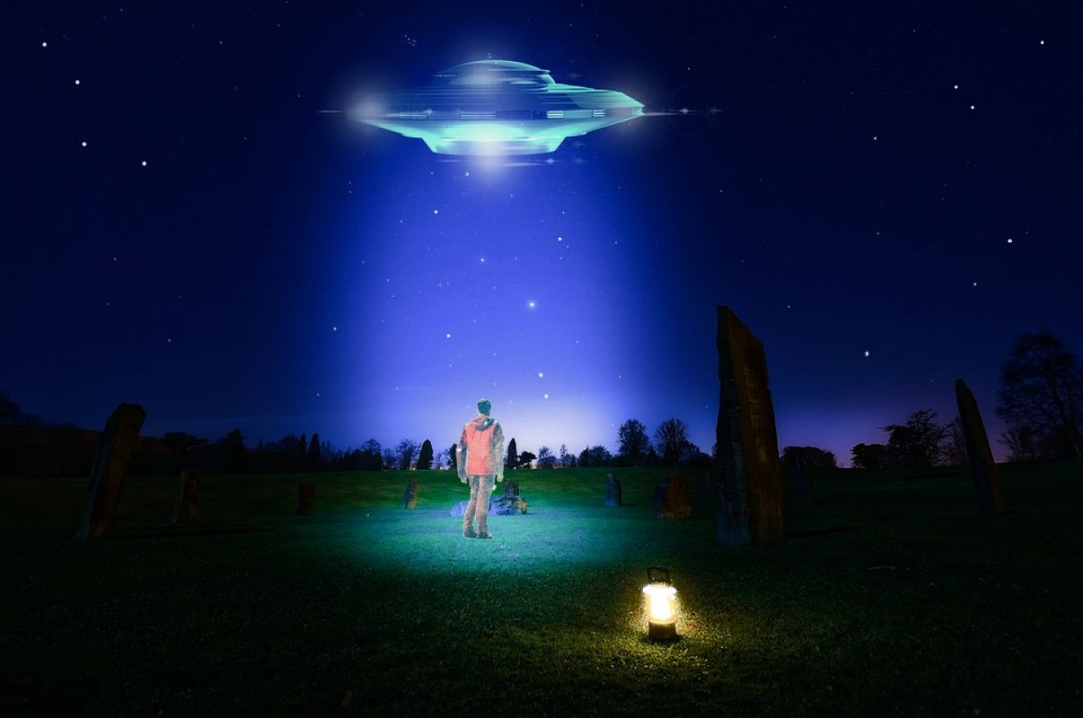 Светящийся НЛО поразил жителей Сан-Антонио, видео есть на YouTube