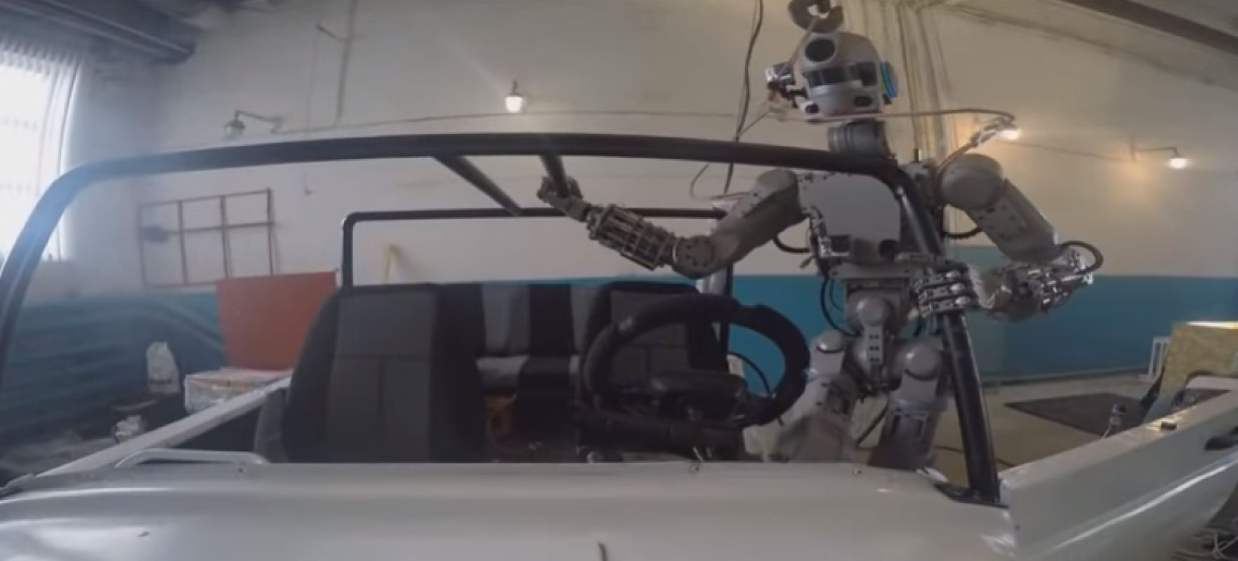 Робота FEDOR перед отправкой на МКС научили разговаривать