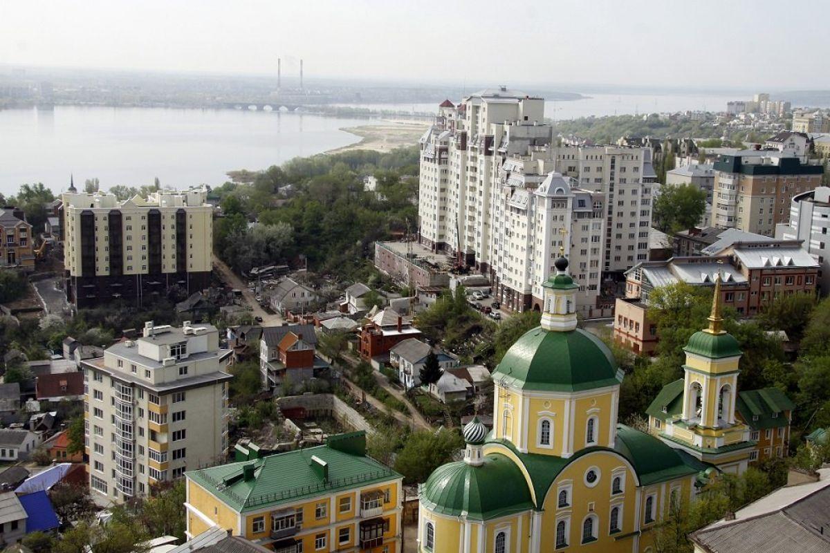 Поразительный случай: В Воронеже запечатлели два НЛО с близкого расстояния
