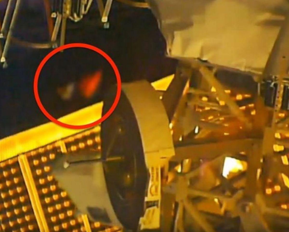Гигантский НЛО, который был снят на видео с МКС, поразил интернет