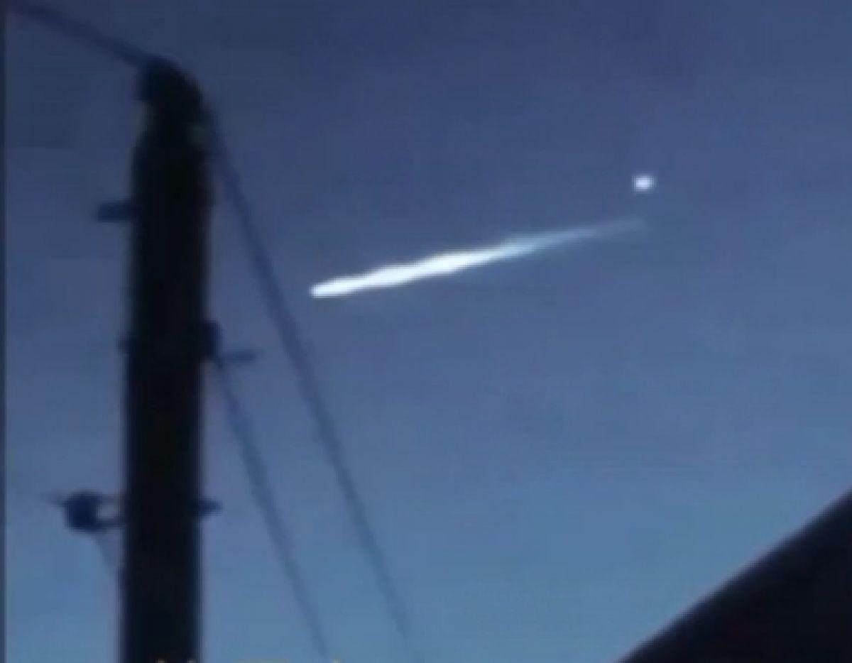 В Египте на видео сняли НЛО, выпустивший из себя другой НЛО