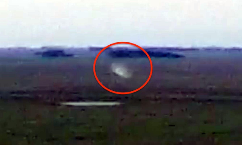 В Аргентине сняли странный объект, который летал повсюду, любопытное видео