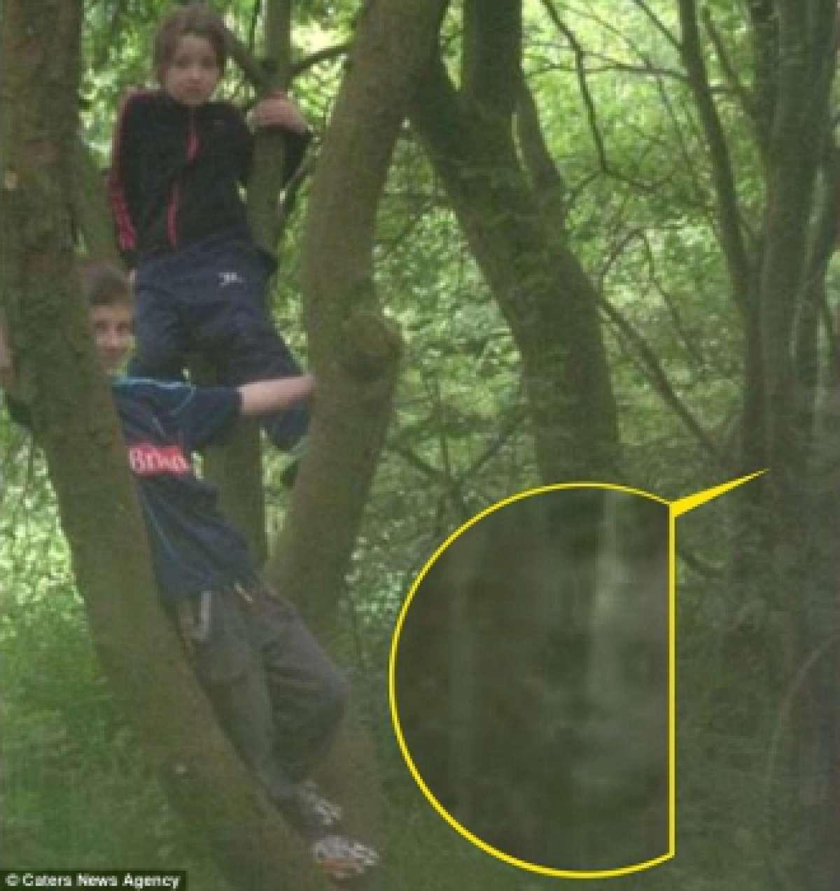 Совместная фотография с призраком маленького мальчика византийской эпохи