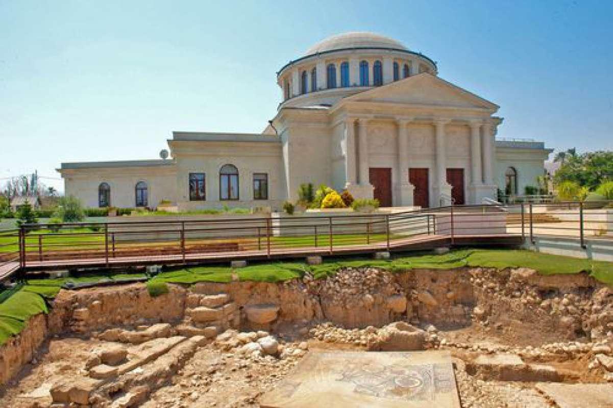 Российские археологи обнаружили в Иерихоне средневековую систему водоснабжения