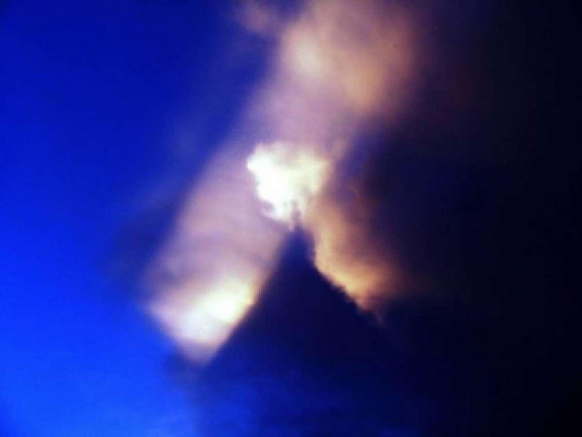 Странный светящийся треугольник появился в небе штата Луизиана