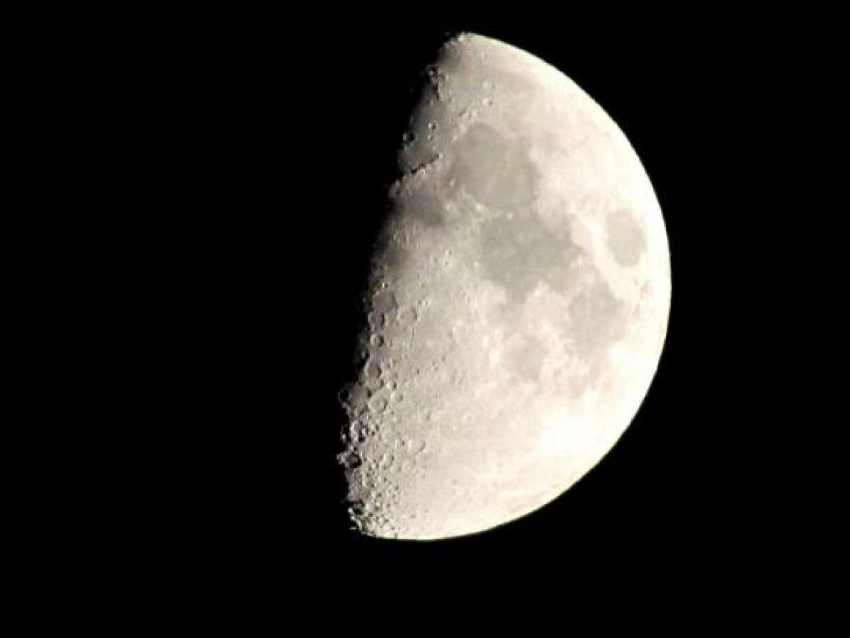Американский уфолог доказал существование инопланетной базы на Луне с помощью видео