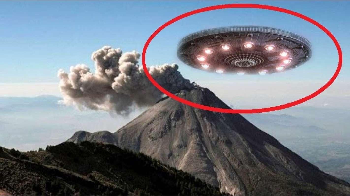 НЛО в Мексике появился над вулканом, попал на видео и ошеломил мир