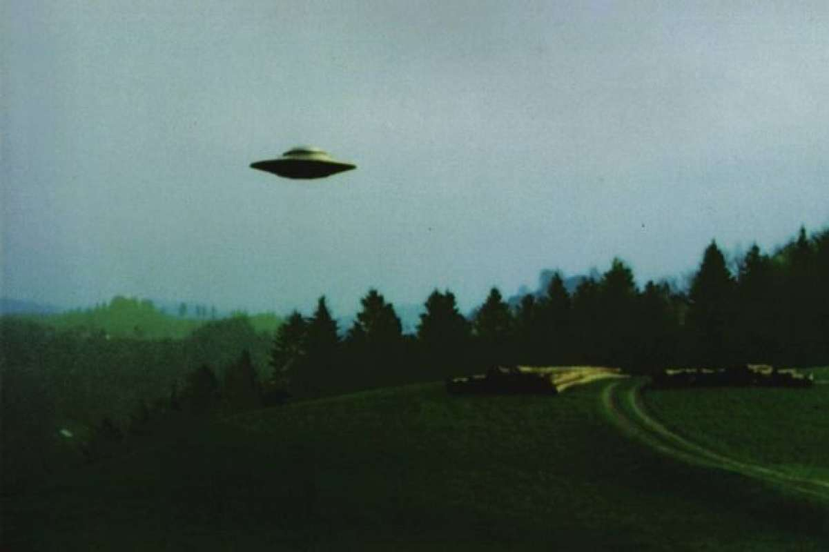 Фотограф из США поразил самых опытных уфологов тем, что может делать с НЛО