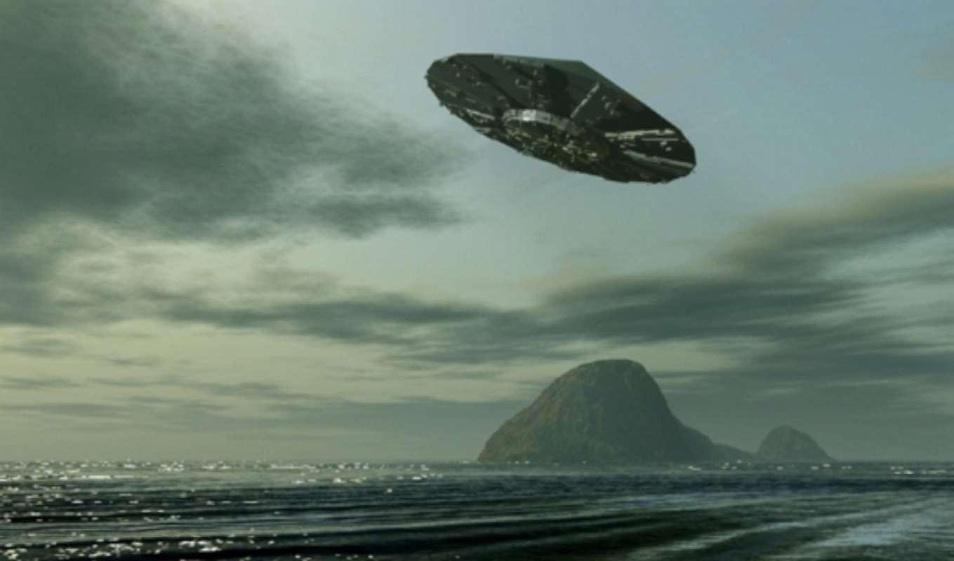 Видео НЛО гигантских размеров в Канаде ошеломило интернет