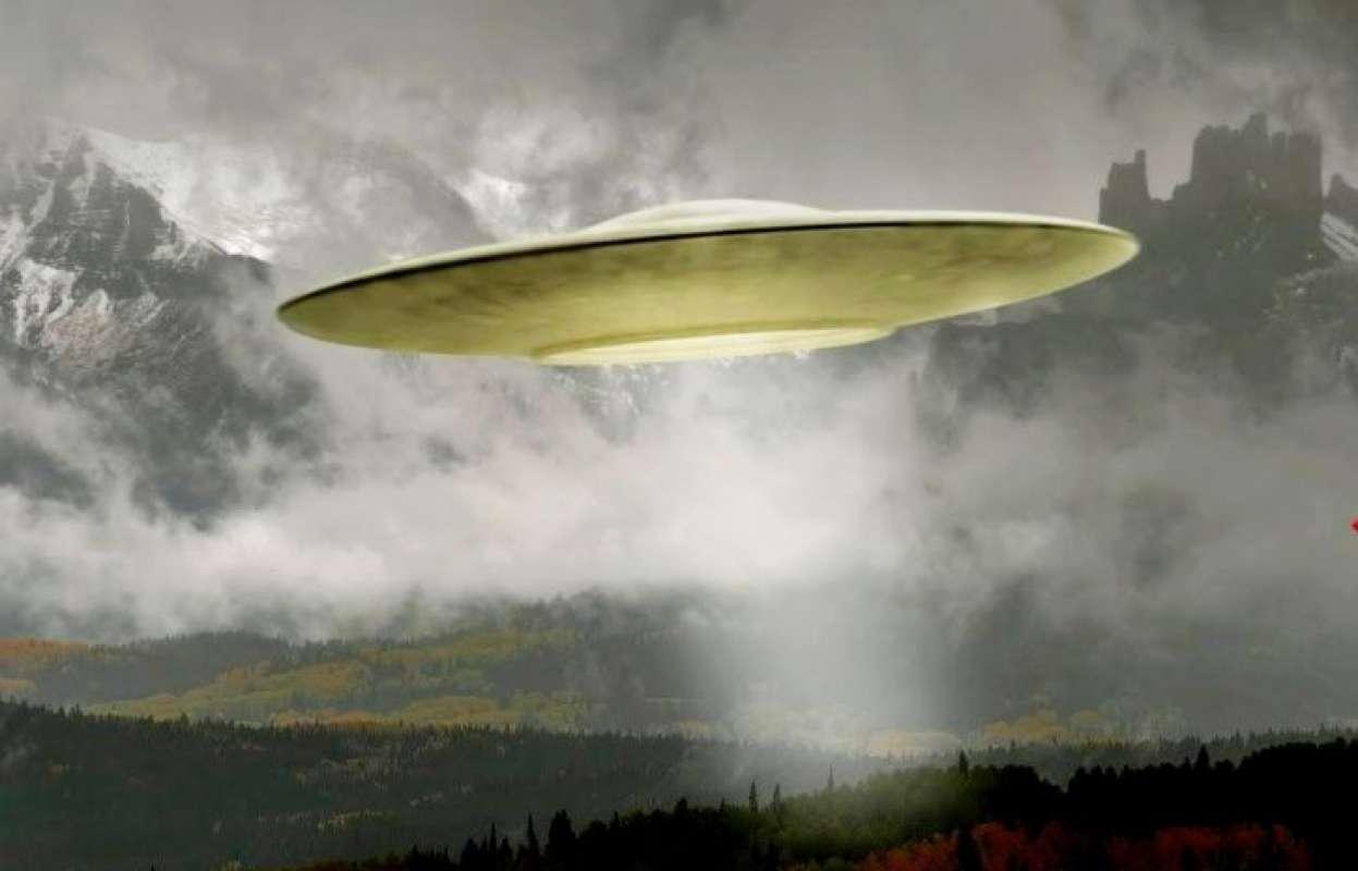В сети появилось видео НЛО над Электросталью