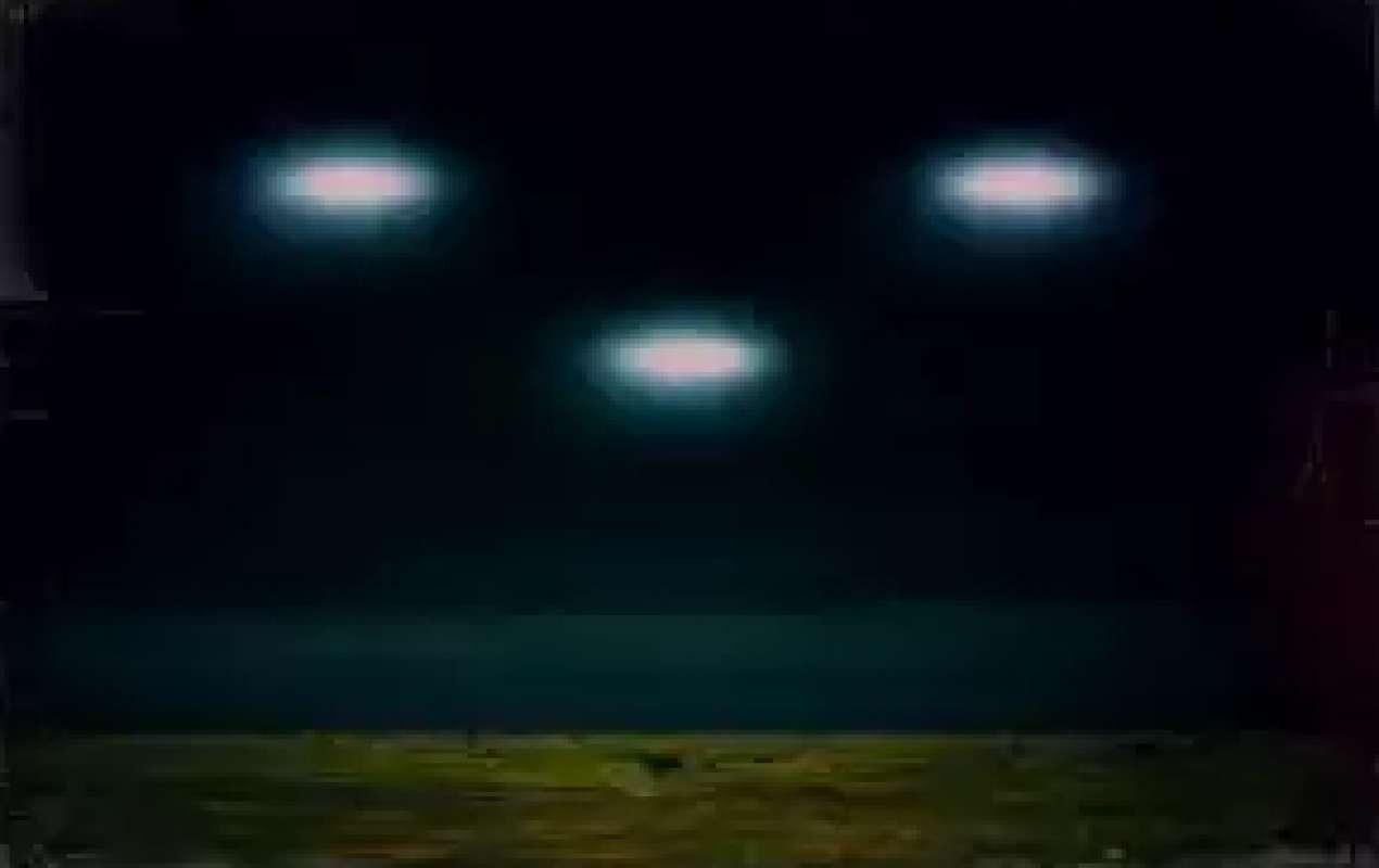 Великое множество странных НЛО перепугало жителей Астрахани, но было быстро объяснено