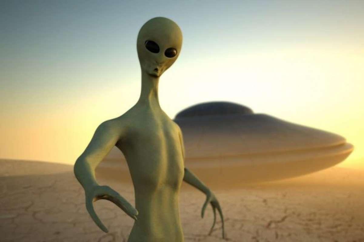 Останки пришельца на Марсе попали в кадр и шокировали сеть