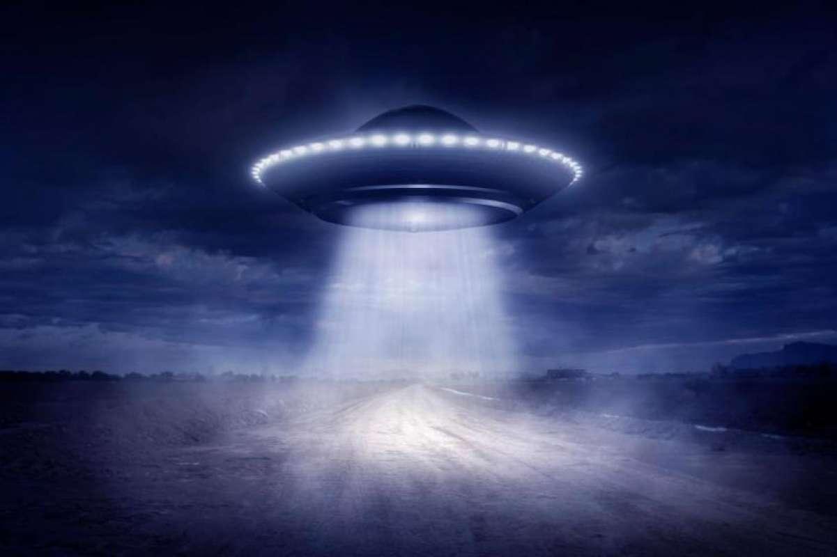 В США на видео сняли НЛО и показали в сети, заинтересовав исследователей