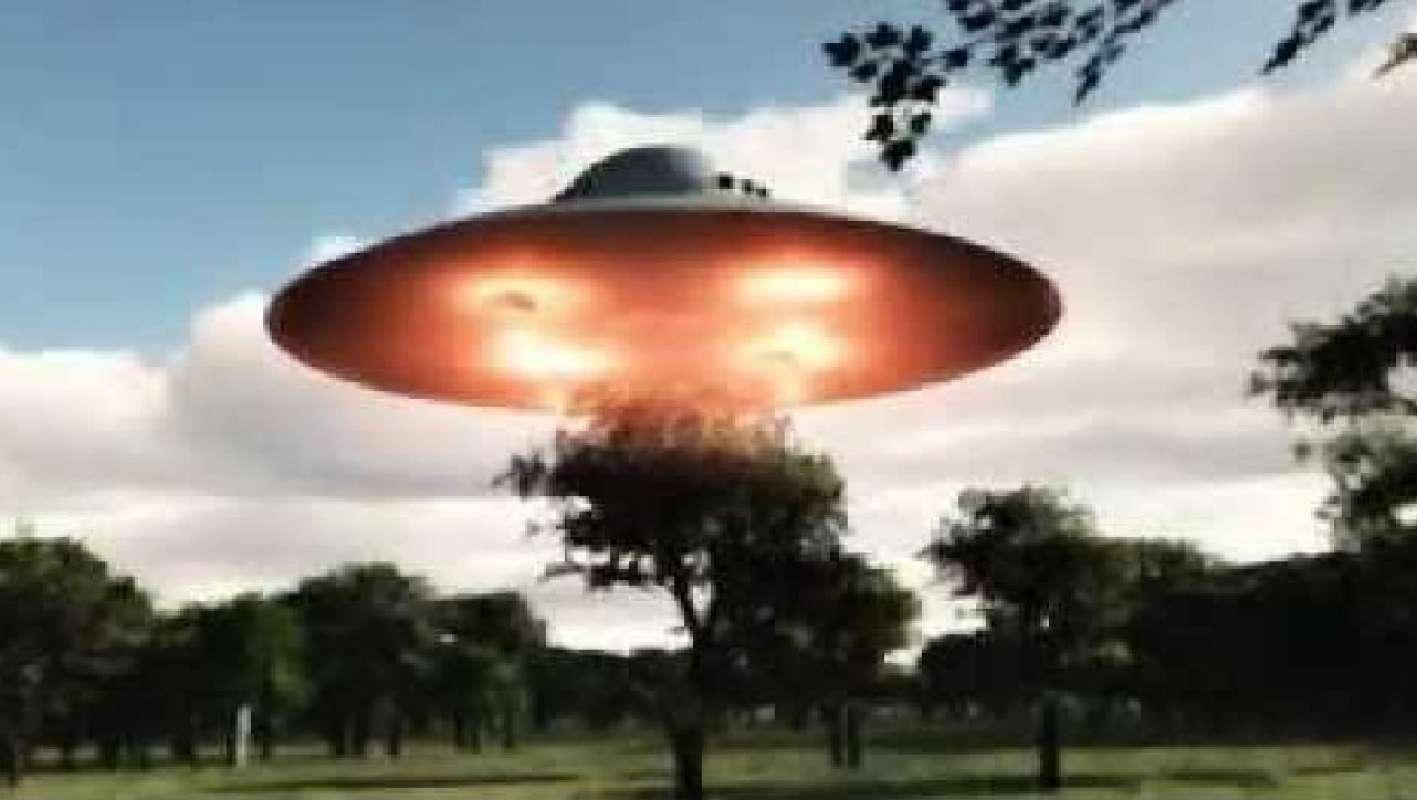 Видео с кучей НЛО в Москве от Кати Лель поразило интернет