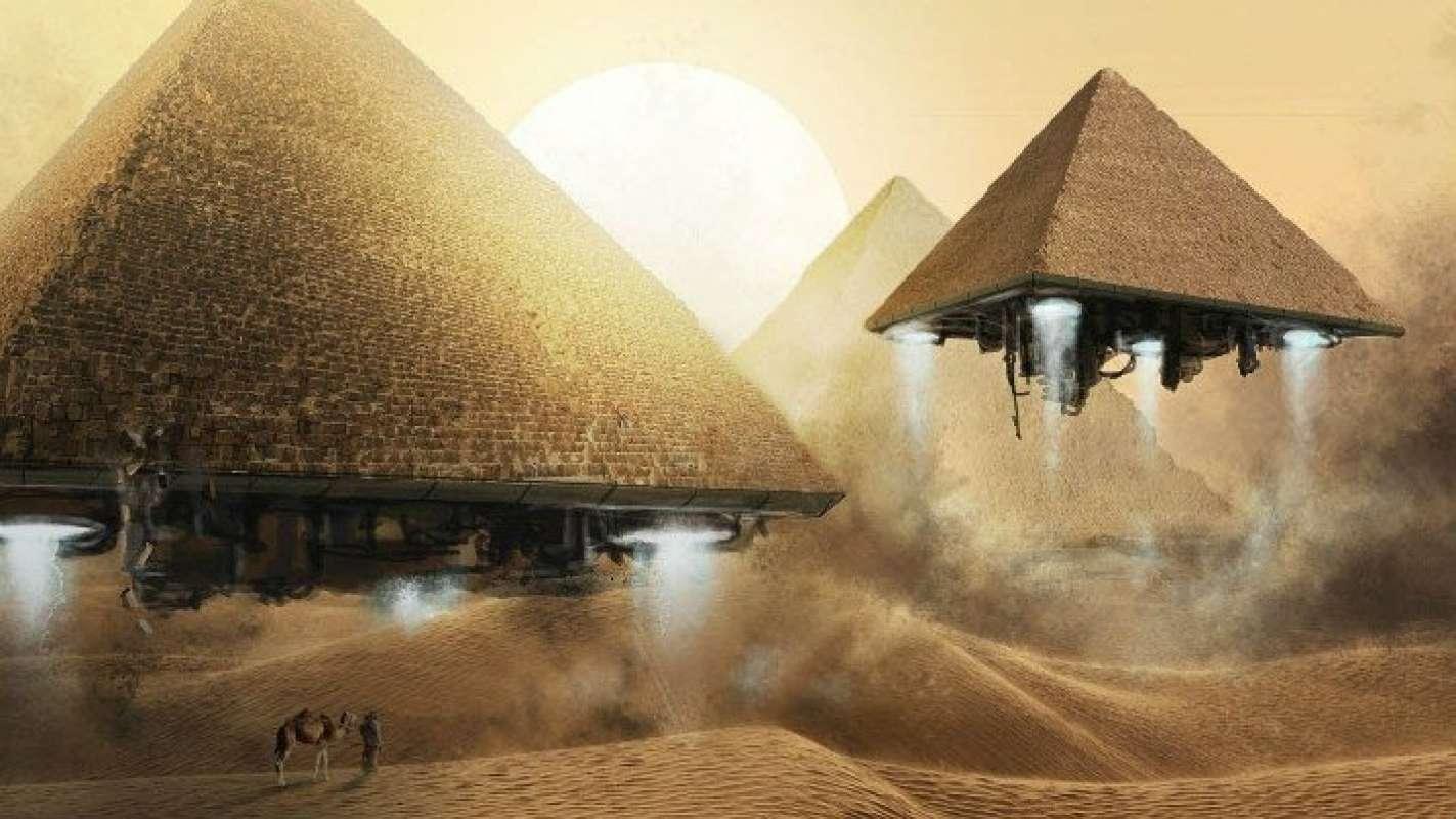 Впервые в сети: На YouTube набирает популярность видео с пирамидой, которая сама по себе отрывается от земли и улетает