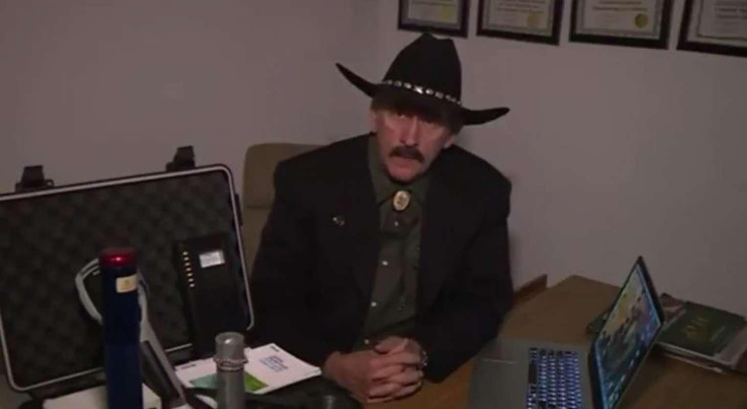 Бывший агент ЦРУ Даррел Симсон рассказал много интересного о пришельцах