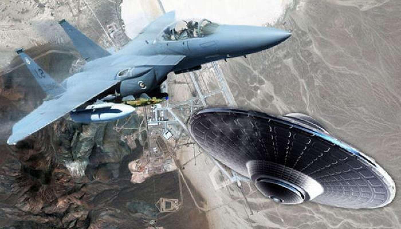 Конгресс США взволнован бешеной активностью НЛО и просит ВМС объяснить их природу