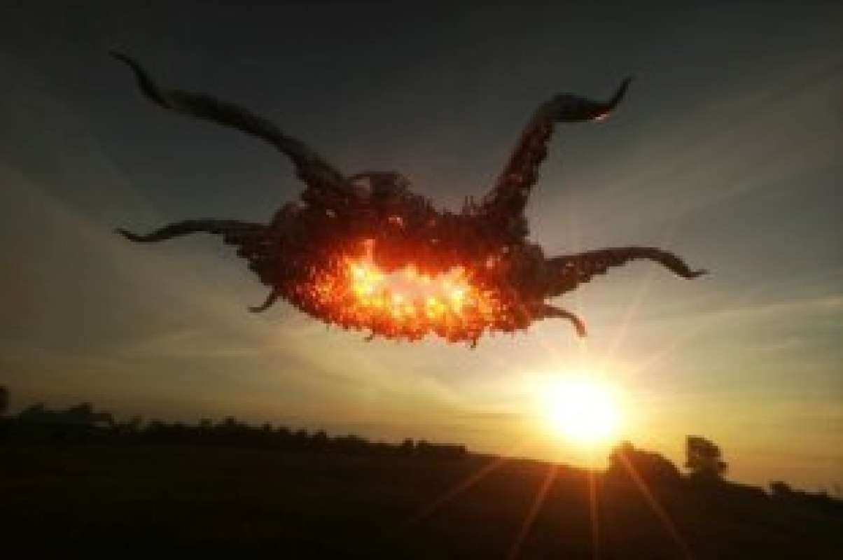 Видео НЛО, который заслонил Солнце, шокировало сеть