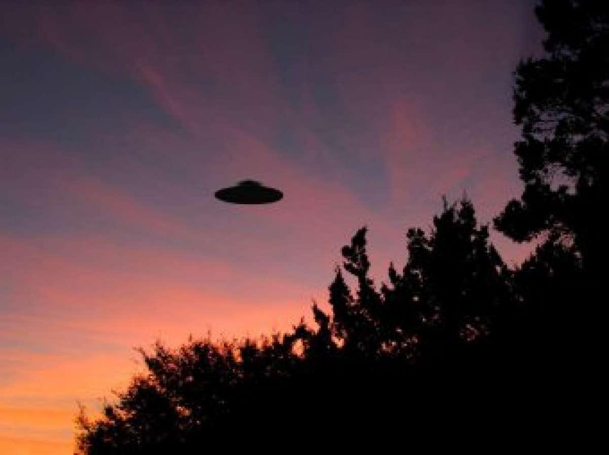 В Ирландии удалось запечатлеть НЛО с близкого расстояния