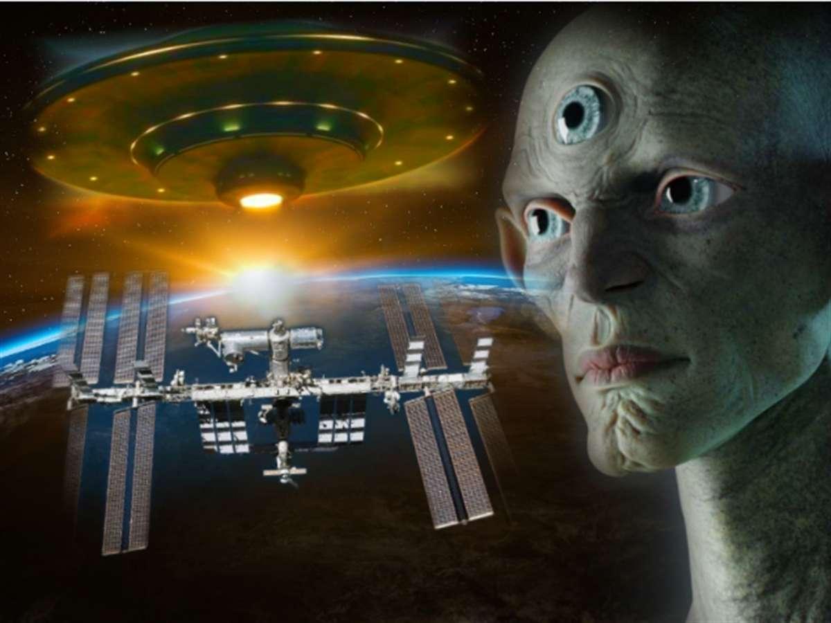 Недалеко от МКС заметили крайне мрачный НЛО, есть фото