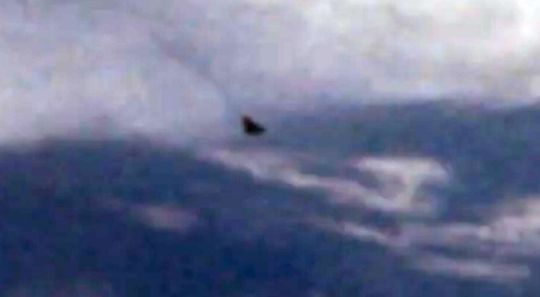 Apollo 17 зафиксировал любопытный объект, видео