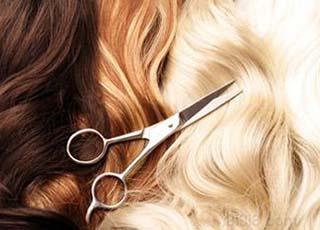 Когда стричь волосы по лунному календарю стрижек на апрель 2021 года