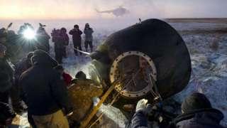 На Землю вернулись космонавты с МКС и мухи-дрозофилы