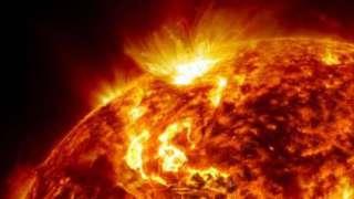 На Солнце произошла вторая мощная вспышка за неделю