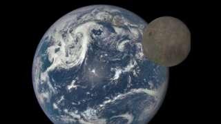 На официальном сайте НАСА появились невероятные снимки обратной стороны нашего спутника